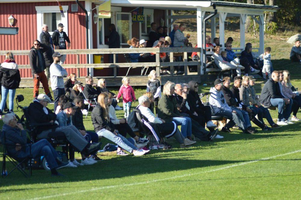 Arenaserien: Nu spelas det åter seniorfotboll på Lindvallen