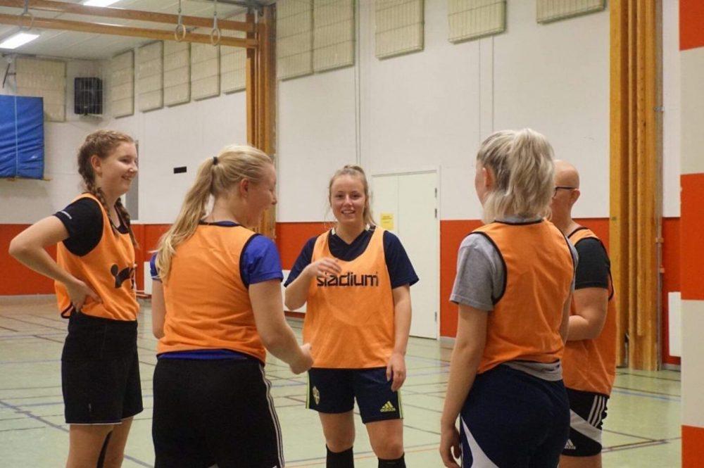 Västerfärnebo AIK ställer upp med damlag i Seniorcupen