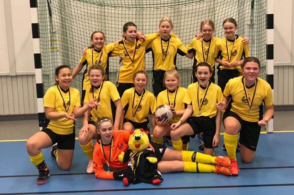Heby AIF och Västerfärnebo AIK - lokala lagen i enda flickklassen