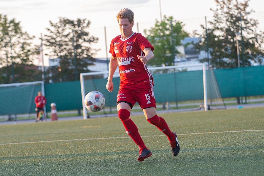 """Markus """"Mackan"""" Lindholm lämnar Sala FF för ESK"""