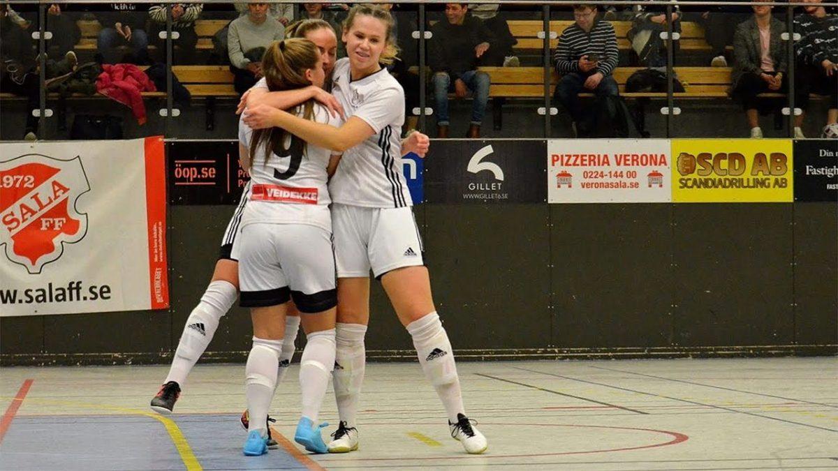 Häng med från start till mål i Julcupen för damer