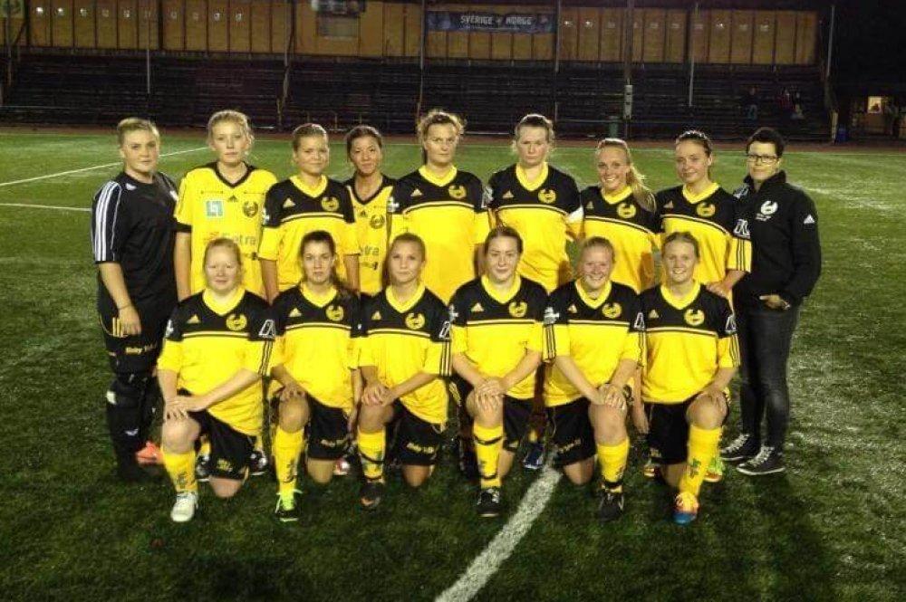 Seriestart: Ett lokalt damlag har spelat i division 6-fotboll