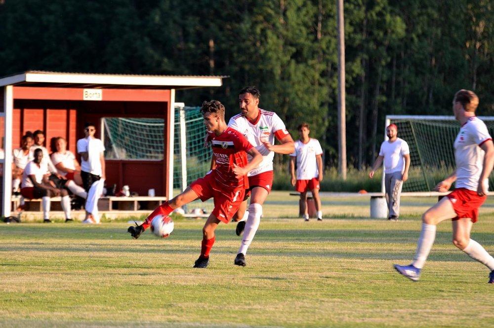Bildspel från Harbo IF:s segermatch mot Persien FC
