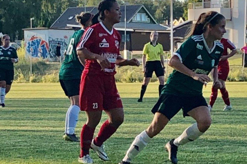 Bildspel från Sala FF:s match mot Romfartuna GIF