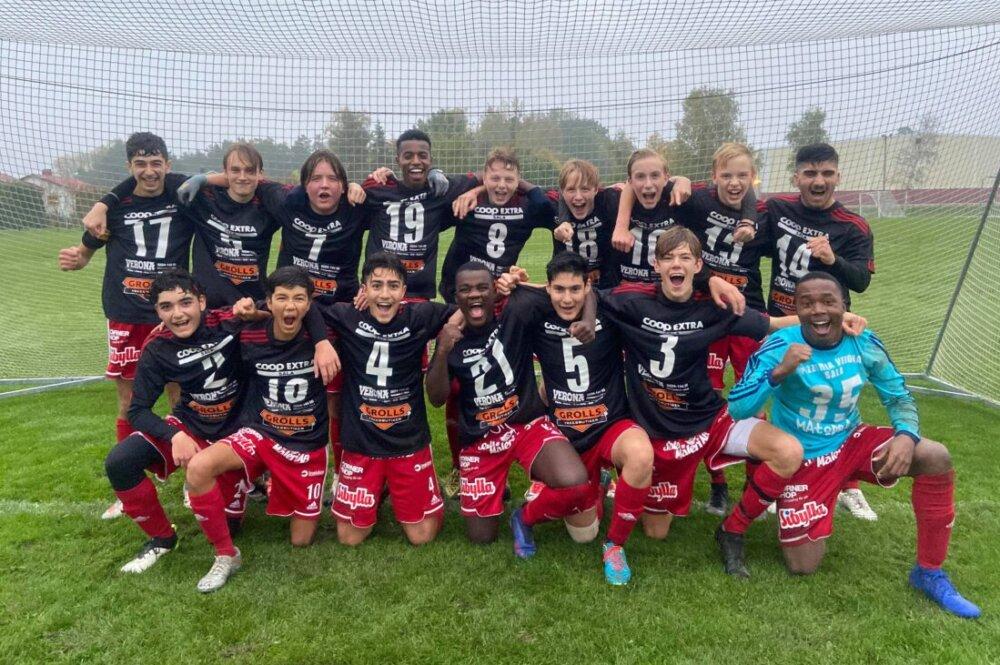 Åtta raka segrar - då kunde Sala FF fira sin serieseger!