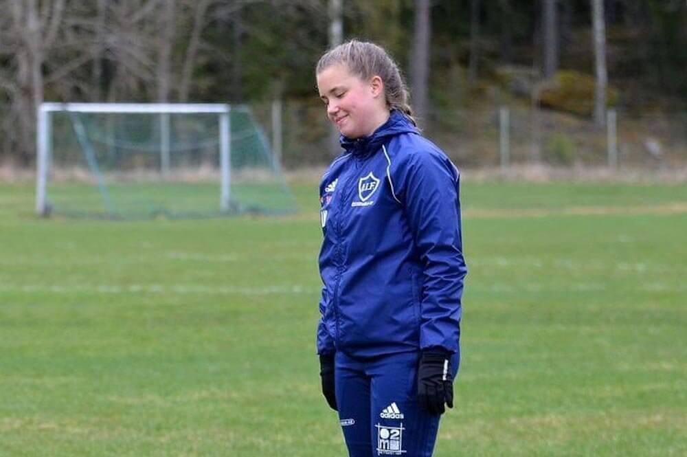 """Linnea tränas av sin pappa - """"Jag är kanske lite gnälligare än de andra spelarna"""""""