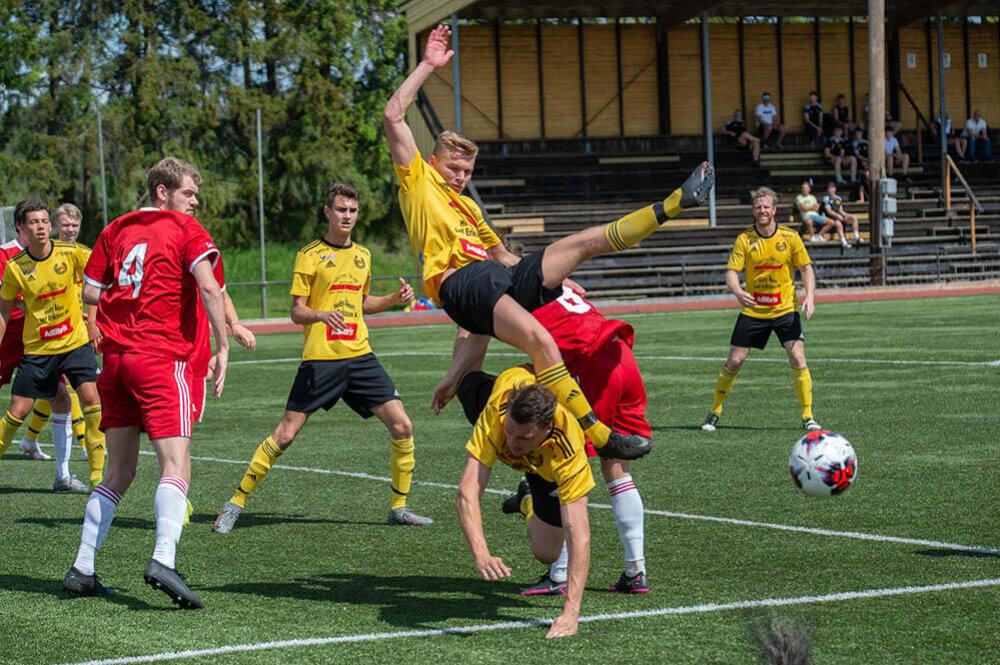 Många lag från Uppland och Västmanland har inlett svagt